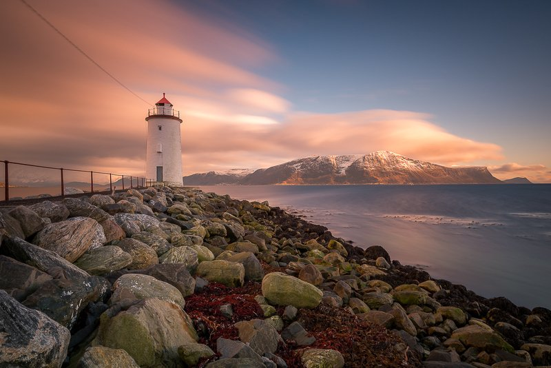 norway,light,lighthouse,sunset Lighthousephoto preview