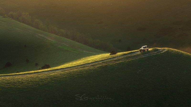 Краснодарский край, джип, машина, автомобиль, Маркхотский хребет, Россия, пейзаж По линии светаphoto preview
