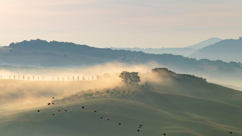 tuscany Classic Tuscany morningphoto preview