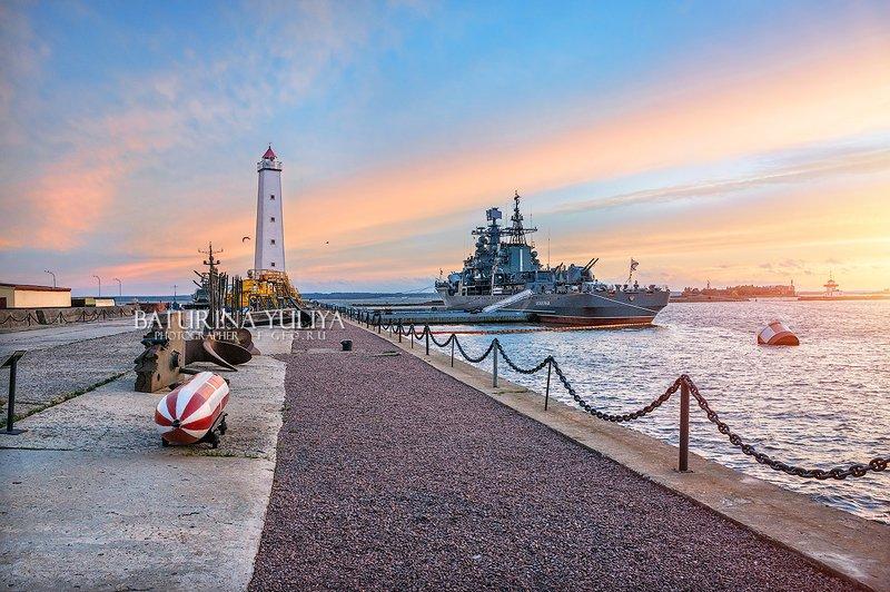 кронштадт, маяк, финский залив Маяк в Кронштадтеphoto preview