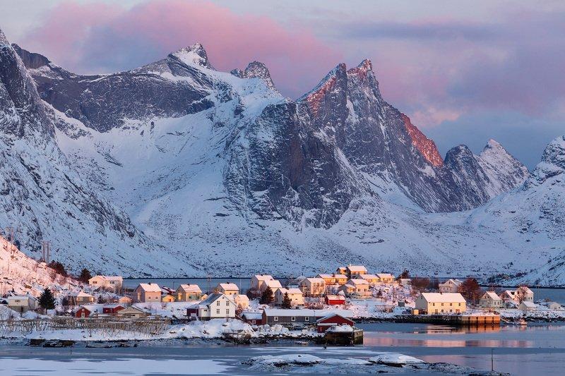 lofoten,norway,norwegian,scandinavia,scandinavian,reine,winter Wintertime in Reine, Lofoten. фото превью
