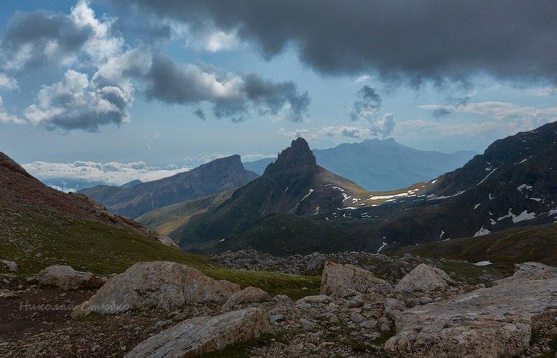 кавказ горы облака боровцек осетия Вид с перевалаphoto preview
