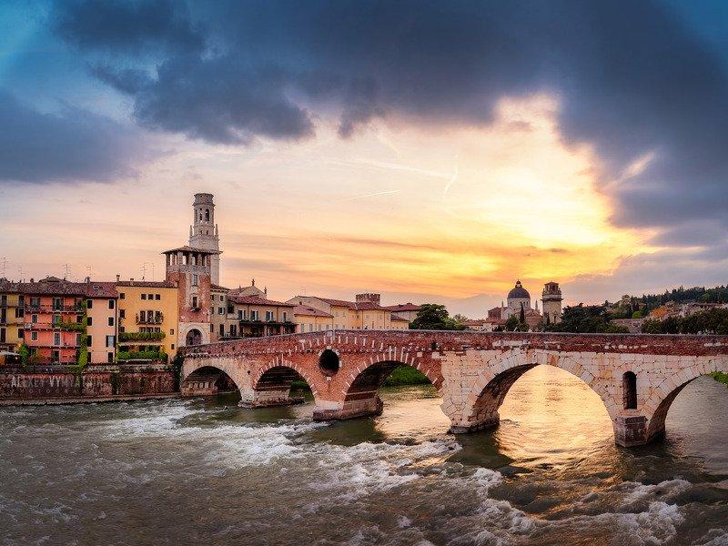 italy, italia, verona, veneto, sunset, urban, cityscape Вечерняя Веронаphoto preview