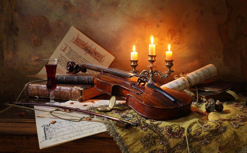скрипка, свечи, свет, книги, классика, история Натюрморт со скрипкой и свечамиphoto preview