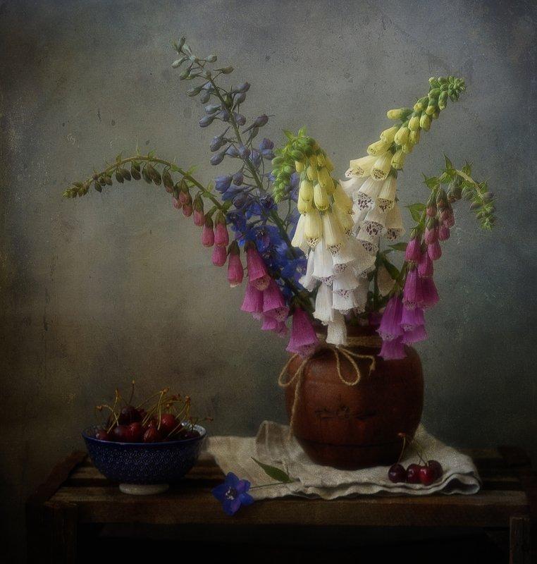 натюрморт,наперстянка,дельфиниум,цветы, букет наперстянка и дельфиниум...photo preview