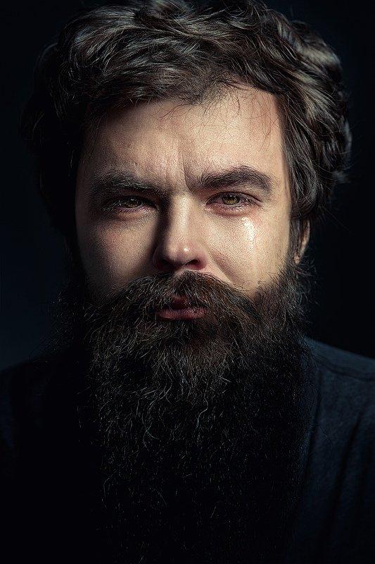 мужчина, слеза, плачет, слезы, глаза, эмоции Мужчины не плачутphoto preview