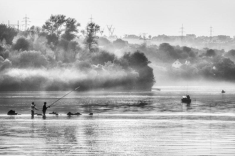 moment, момент, beautiful, красивый, canon 55-250,  black and white, чернобелая, monochrome, монохром, monoart, bw,  landscape, пейзаж, river, река, fishing, рыбалка, fog, туман,  summer, летний, evening, вечер, Вечерний клев.photo preview