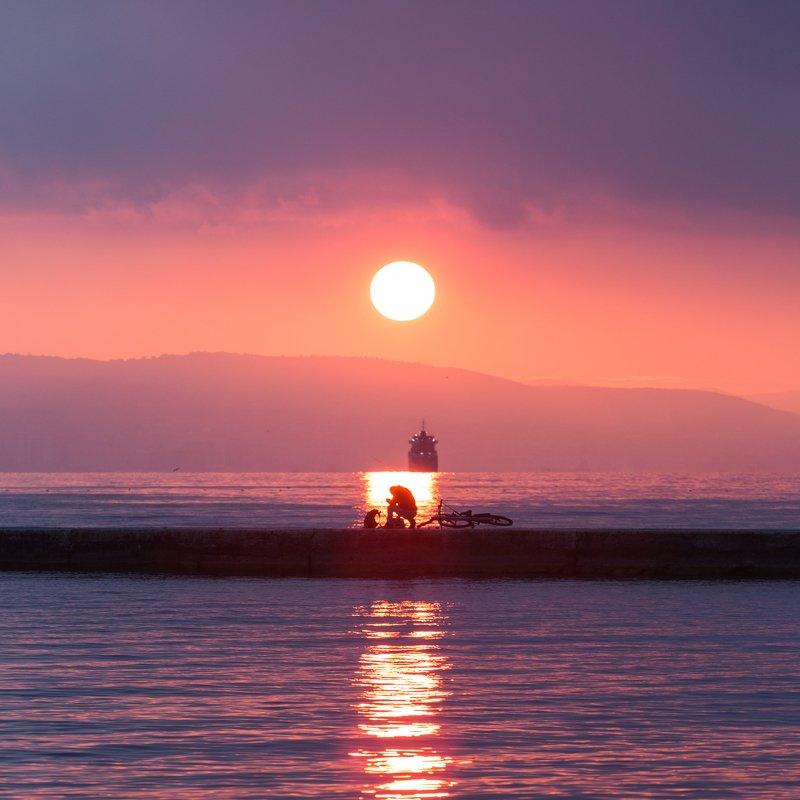 цемесская бухта, кабардинка, геленджик, новороссийск, черное море, чёрное море, рыбак, закат Закаты Кабардинкиphoto preview