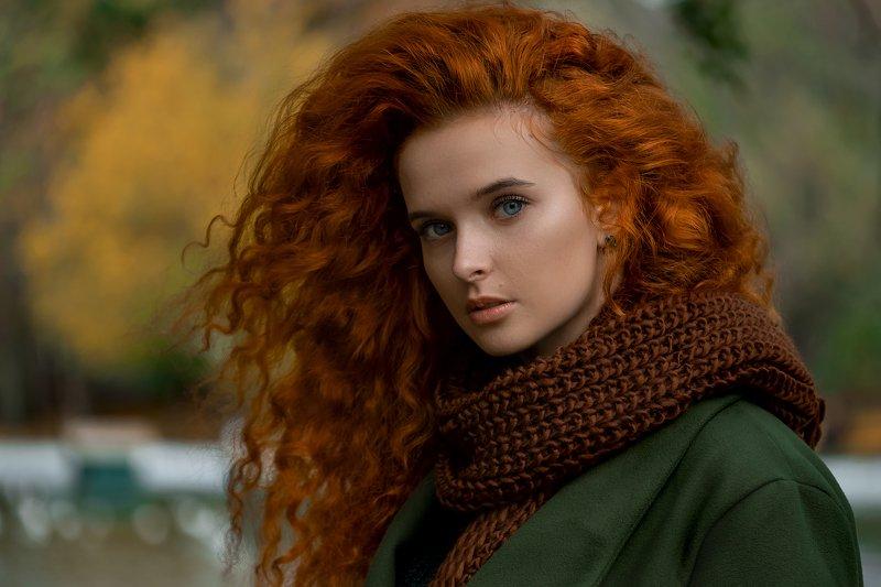 портрет девушка рыжая Екатеринаphoto preview