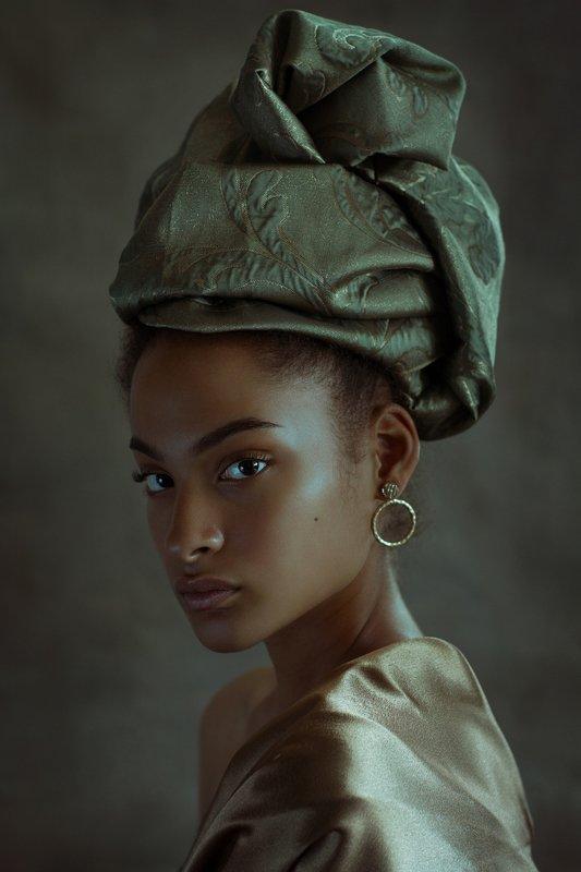 девушка портрет модель темнокожая гламур взгляд girl popular art model woman beautiful studio african South Africa Stellaphoto preview