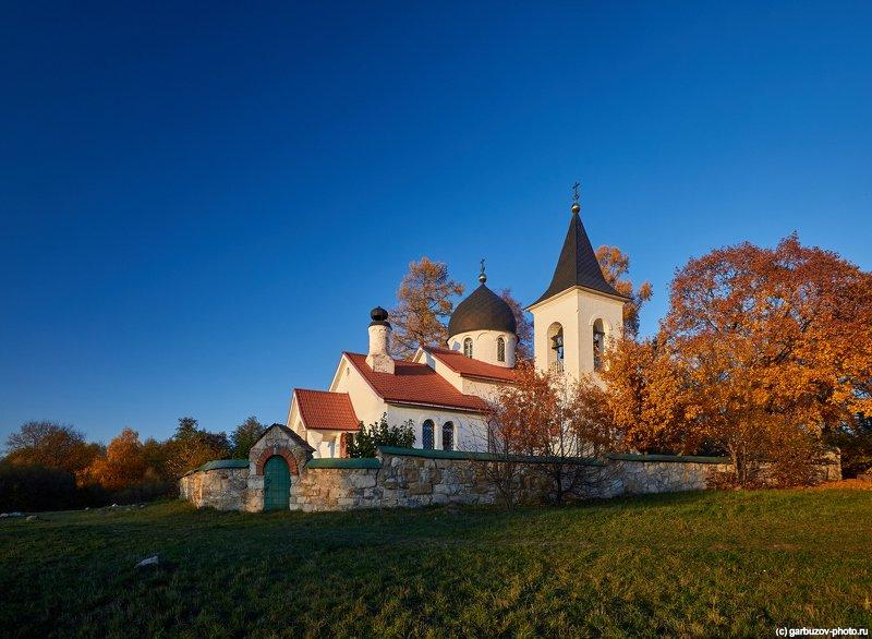 Бёхово. Церковь Троицы Живоначальной.photo preview
