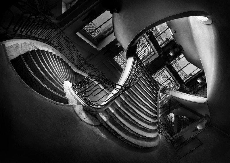 staircase, old, building, paris, france, europe, city, fly, flight, stairs, windows, surreal, panorama, px3 Learning to Flyphoto preview