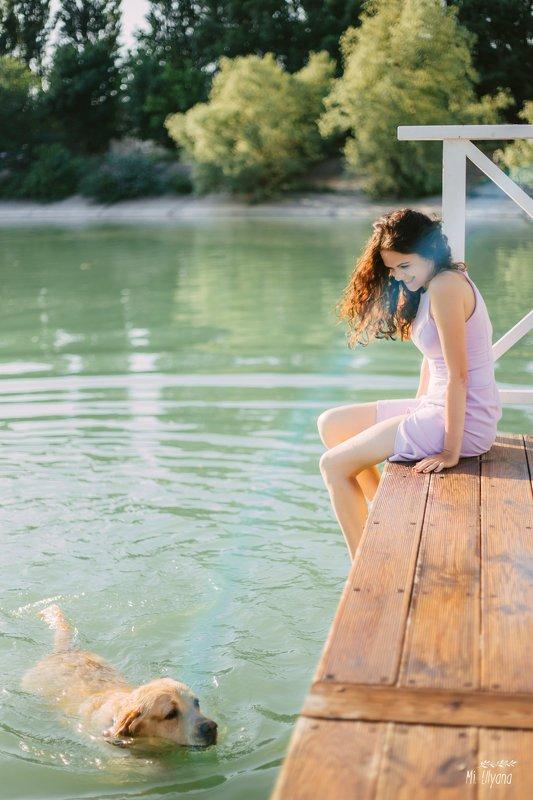 Летом у озераphoto preview