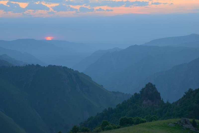 горы весна кавказ кбр Восход солнцаphoto preview