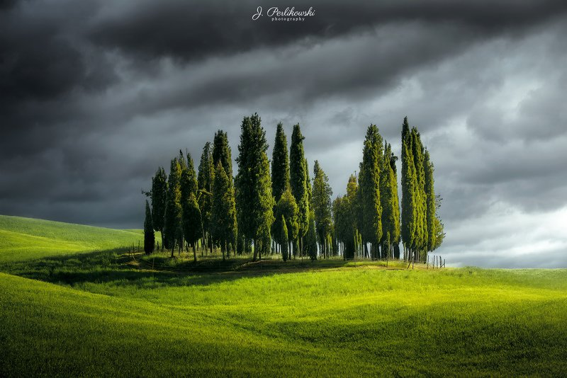 tuscany, landscape, italy, cypres hill, green fields, Cypres hillsphoto preview
