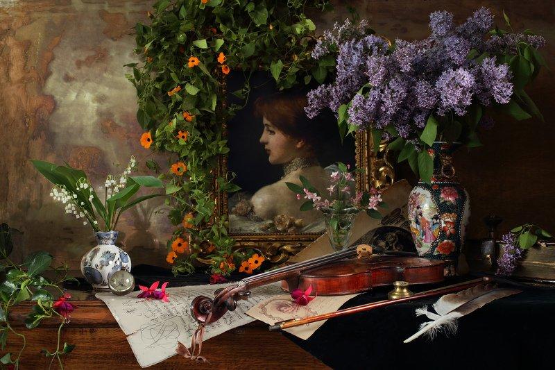 цветы, сирень, ландыши, скрипка, музыка, портрет, девушка, ваза Натюрморт со скрипкой и цветамиphoto preview