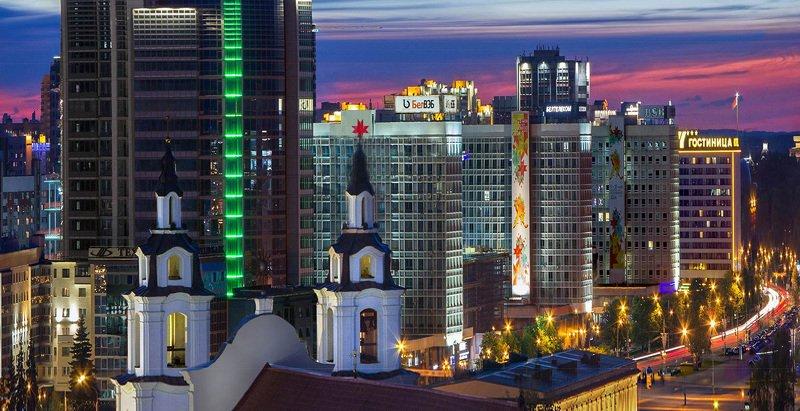 беларусь, город, минск, вечер, фотосфера-минск Архитектурные меридианы XXI и прошлогоphoto preview