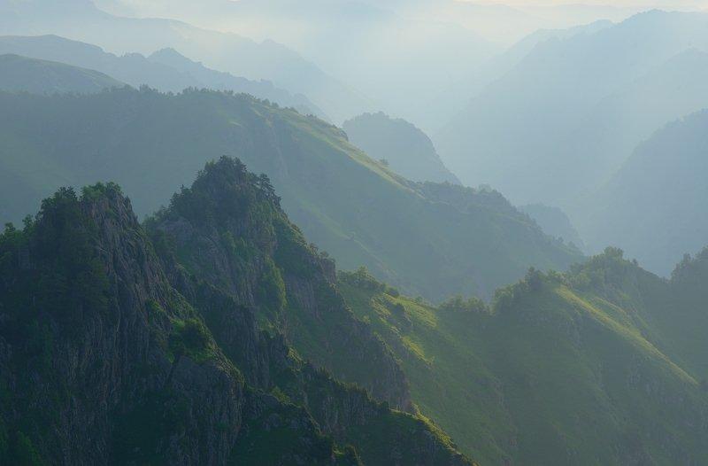 горы весна кавказ кбр Туманный рассветphoto preview