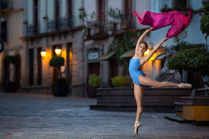 sexy, latín, lingerie, fitness, portrait, model Dancephoto preview
