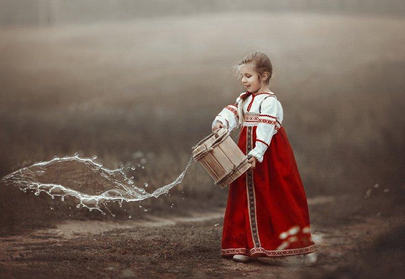 детство, детский портрет, лето, девочка, настроение, национальный костюм, история, славяночка photo preview