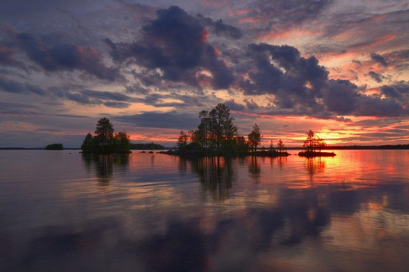 White night on lake Ala-Kitka, Finlandphoto preview