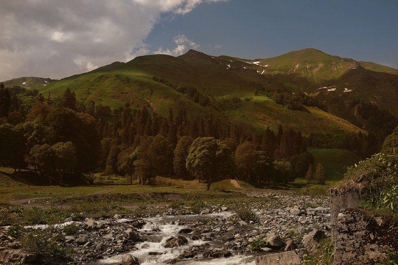 Абхазия без фотошопаphoto preview