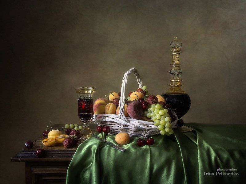 натюрморт, фрукты, красное вино, винтажный, ретро,  Натюрморт с фруктами и виномphoto preview