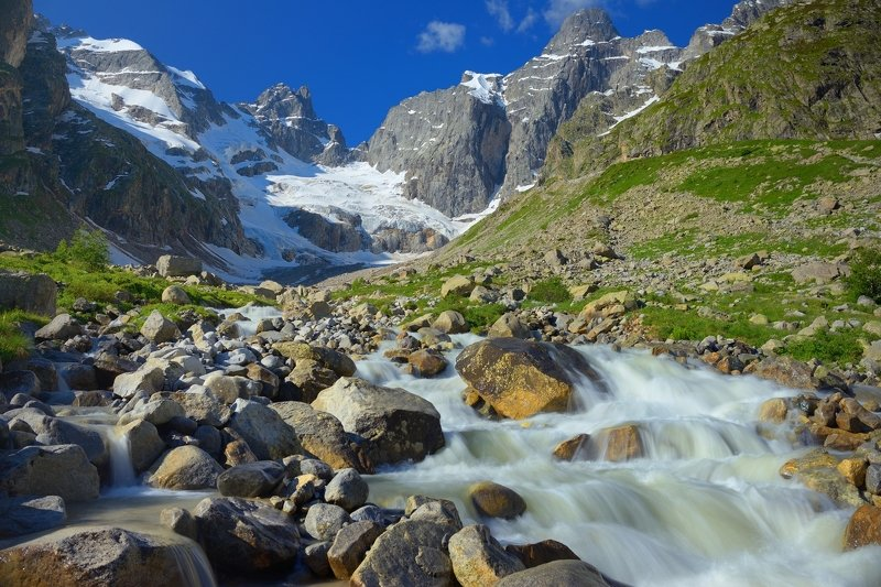 горы весна кавказ узункол Узунколphoto preview