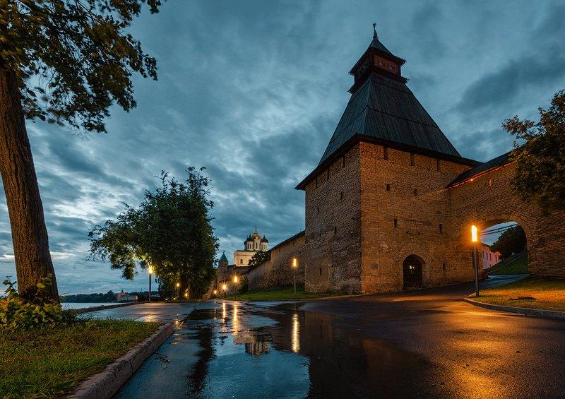 псков, ночь, вечер, россия После дождяphoto preview