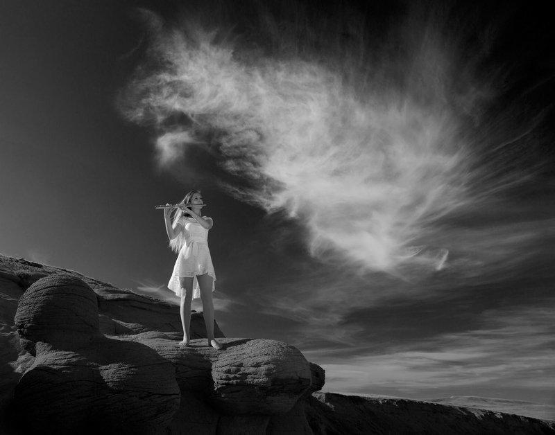 флейта, небо, земля,девушка,облако,музыка,олег_грачёв,природа,canon,oleg_grachev,flute,landscape,girl,sky,cloud, Между Небом и Землёйphoto preview