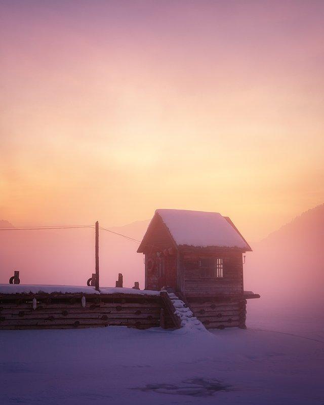 Алтай, Телецкое озеро, Артыбаш, Canon, рассвет, туман, мороз Розовый рассвет на Телецком озереphoto preview