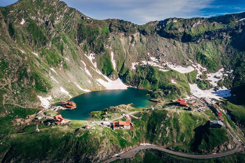 трансфагараш, мавик эир, румыния, пейзаж, озеро, горы Озеро Быля, Трансфагараш, Румынияphoto preview