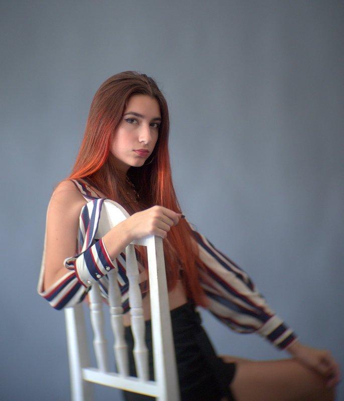 девушка, портрет, взгляд, ко-120ь ***photo preview