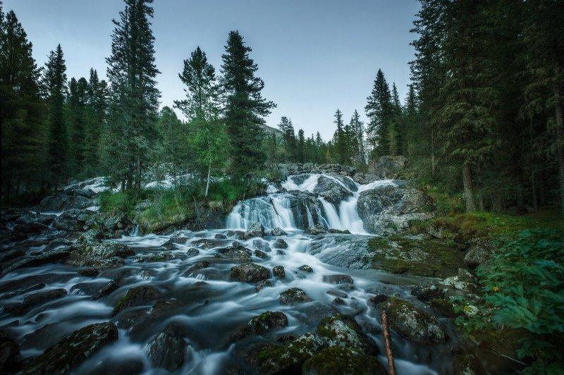 горы, облака, природа, алтай, рассвет, река, путешествие, россия, озеро Водопад реки Поперечнаяphoto preview