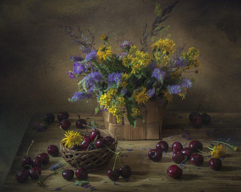 натюрморт,черешня,букет,лето,цветы,корзина Летоphoto preview