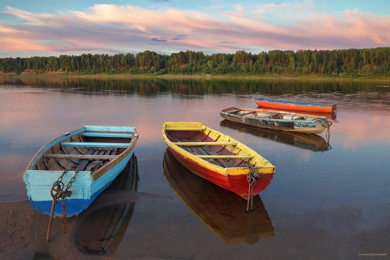 лодки, река, закат, лето, вечер, отражение В ожидании...photo preview