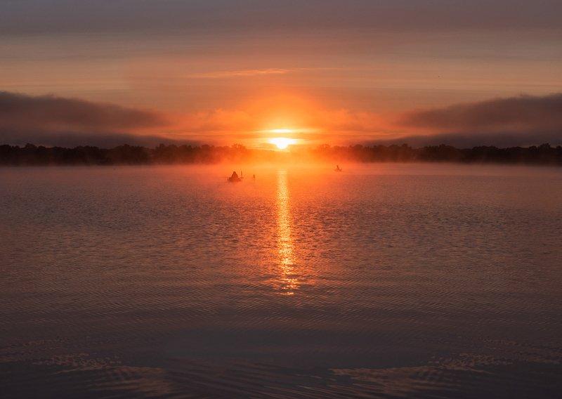 рассвет, рыбалка, солнце, туман Рыбалка на рассветеphoto preview