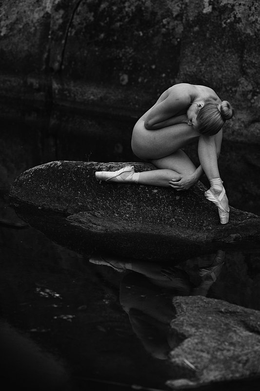 nude, woman, female, sensual The sensual outdoor nudephoto preview