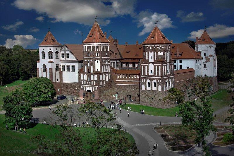 беларусь, мир, замок, дворец, архитектура Мирский замок с высоты птичьего...photo preview