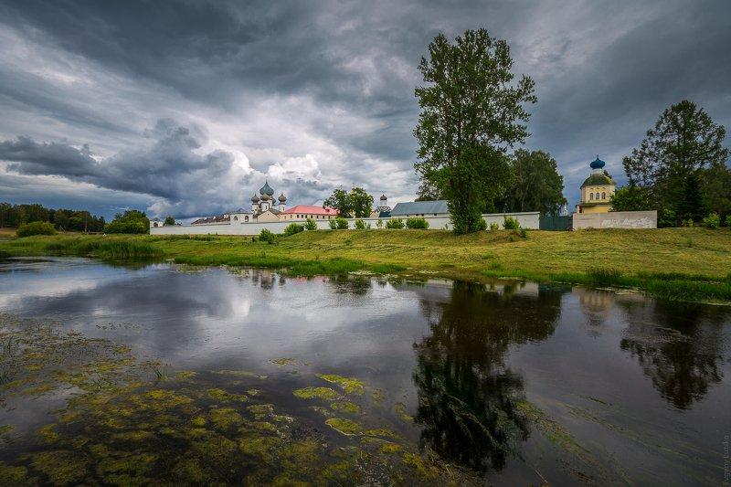 Тихвинский Богородичный Успенский монастырьphoto preview