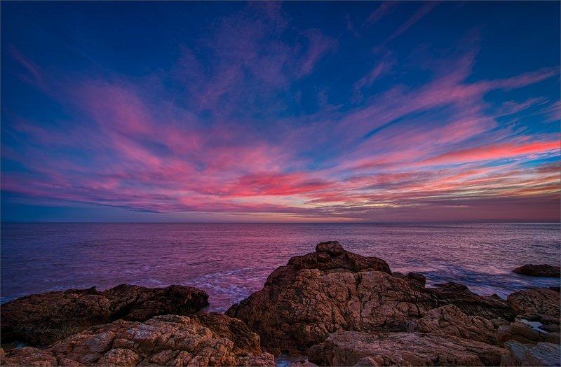 море, пейзаж, волны, вода, небо, облака, рассвет Огниphoto preview