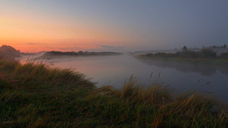 река Березина, туман, закат, лето, берег реки, травы на лугу Закат с туманом над рекойphoto preview