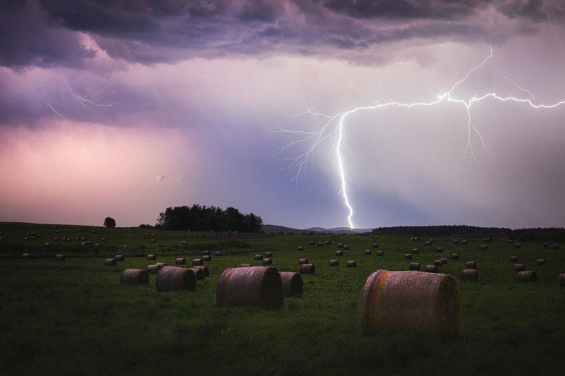 thunderstorm, lightning, bulgaria, bales, field, night Powerphoto preview