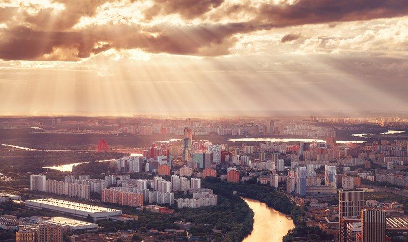 москва, панорама, город, архитектура, закат, лучи, небо, свет, Москва с высоты 354 метраphoto preview