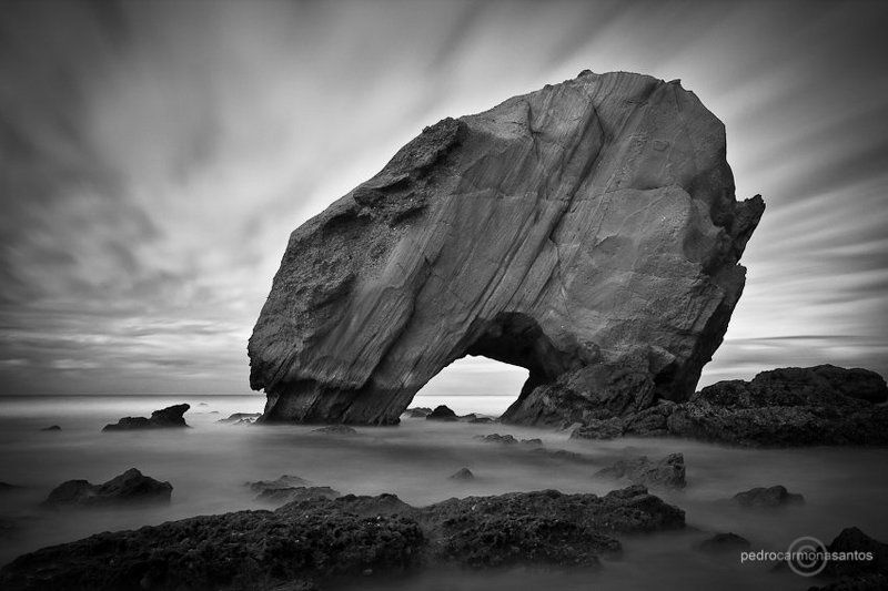 santa cruz, portugal, penedo do guicho Ocean gatephoto preview