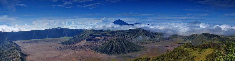 вулкан, бромо, семеру, ява, кратер, индонезия Вид на вулканы Бромо и Семеру (восточная Ява)photo preview
