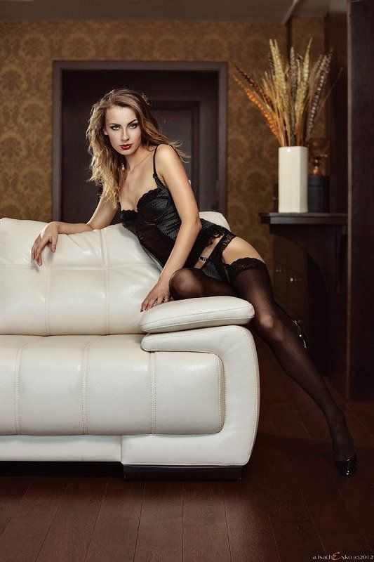 dress, emotions, girl in room, interior, lady, lady in underwear, legs, lingerie, pants, posing, pretty girl, shoes, stockings, underwear from the endphoto preview