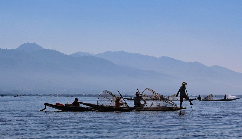 бирма, мьянма, озеро, инле, рыбак Рыбаки на озере Инле (Бирма)photo preview