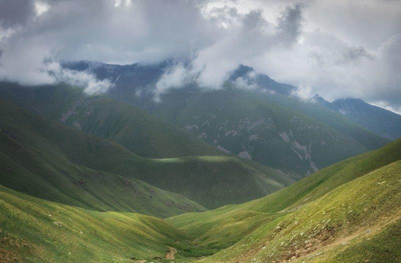 теберда, кчр, природа, лето, пейзаж, мухинский перевал, горы, тучи, Тебердинский заповедникphoto preview