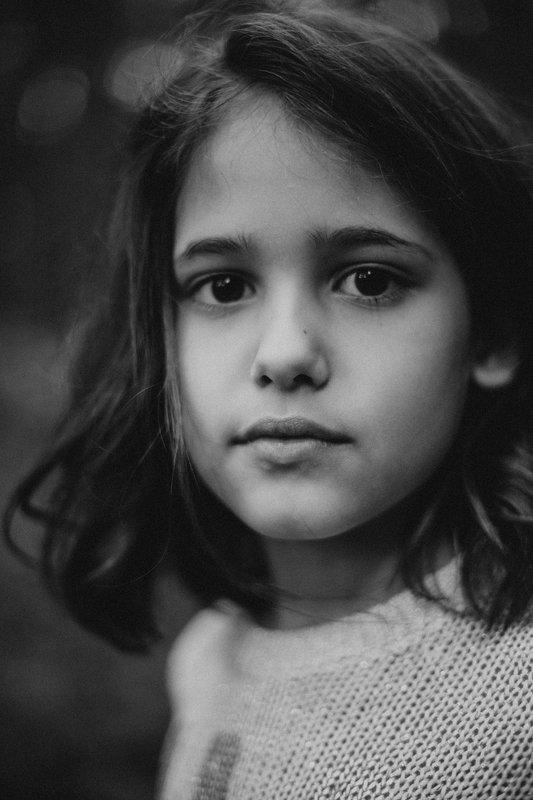 портрет, ребенок, девочка, красота, чб, Алисаphoto preview